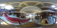 Entrance hall in 360 degrees