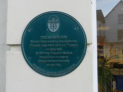 Photo of Green plaque number 33176