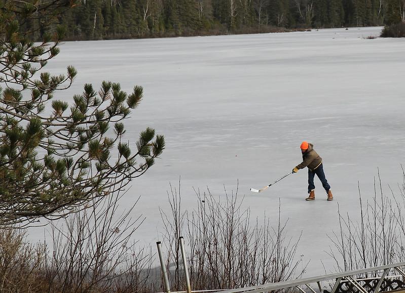 lake hockey5