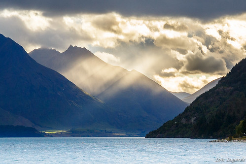 sunset newzealand mountain lake clouds landscape otago queenstown lakewakatipu nouvellezélande canoneos5dmarkiii