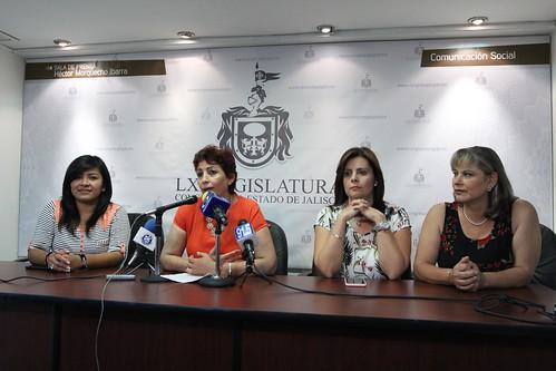 18 Mayo 2016 Rueda de Prensa sobre el tema de lactarios