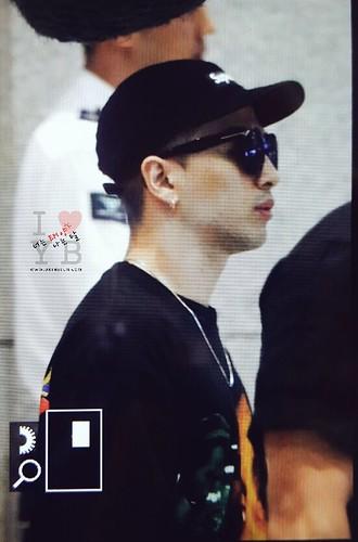 GD YB Dae arrival Seoul 2016-06-13 (35)