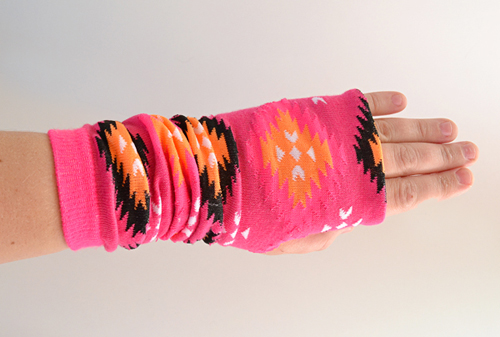 003-fingerless-gloves-from-socks-dreamalittlebigger