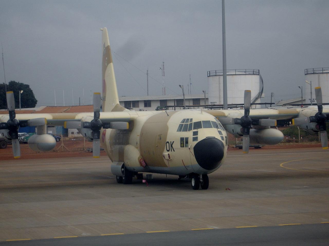 FRA: Photos d'avions de transport - Page 21 15349056174_a700e03df4_o