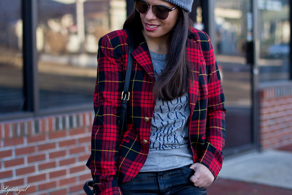 plaid blazer, cheers tee, black jeans-3.jpg