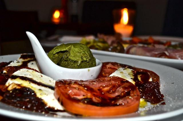 insalata caprese - sobremesa restaurant in antigua guatemala