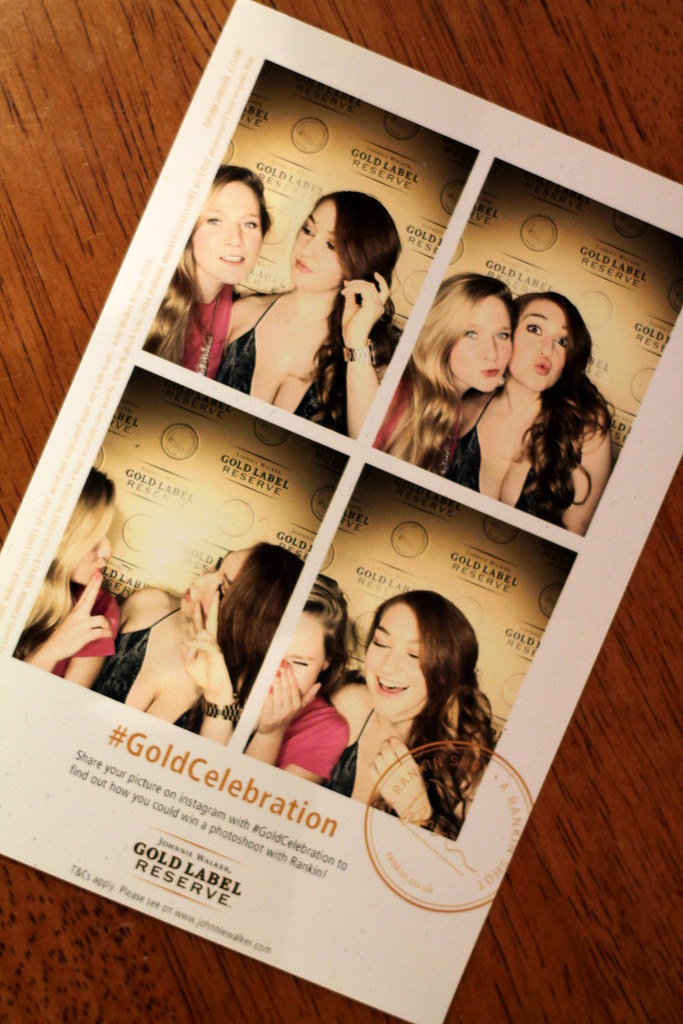 Gold Celebration Photobooth (1)
