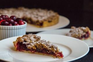 Cranberry Pie with Pecan Crumble