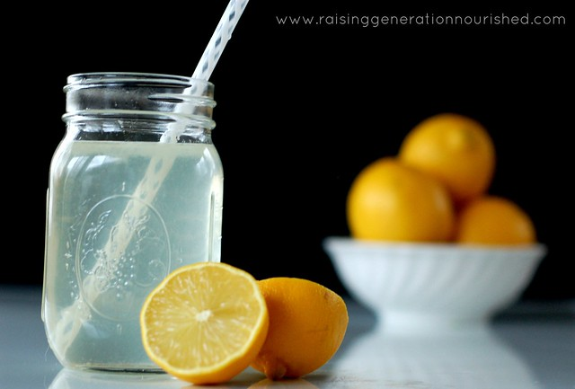 DIY Electrolyte Drink :: Natural rehydration for colds, flu, food poisoning, &