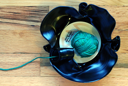 Record yarn bowl tutorial shot