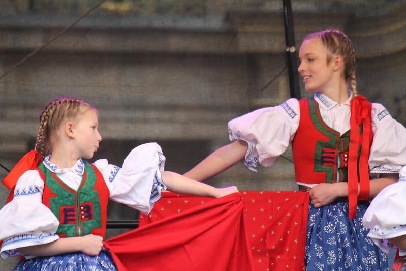 Dětský folklórní soubor Valášek