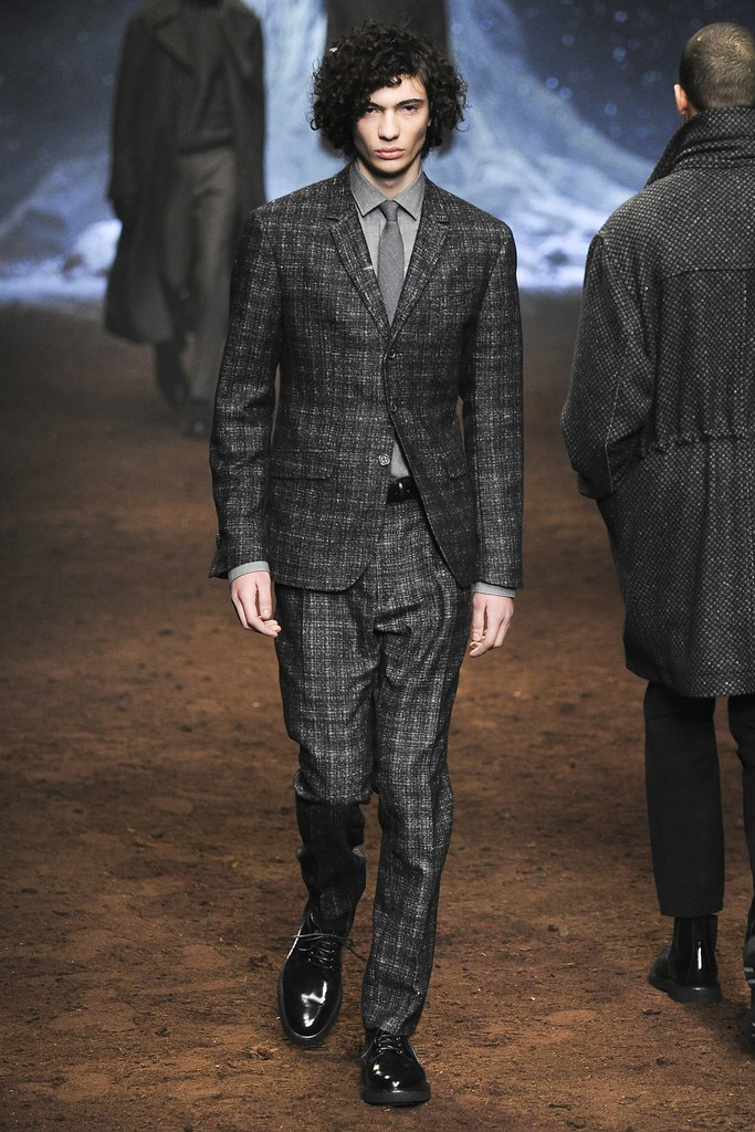 FW15 Milan Corneliani021_Piero Mendez(VOGUE)