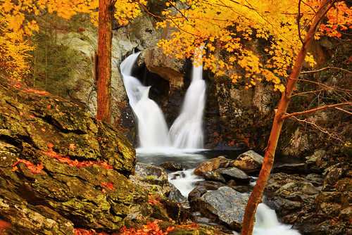 longexposure usa fall waterfall nikon unitedstates massachusetts foliage berkshires mountwashington d610