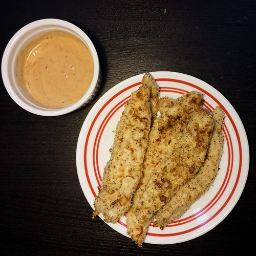 Parmesan Panko Crusted Chicken Tenders & Creamy Honey Chipotle Dipping ...