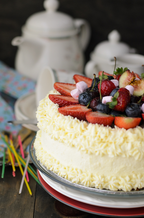 Butter cake and summer fruits