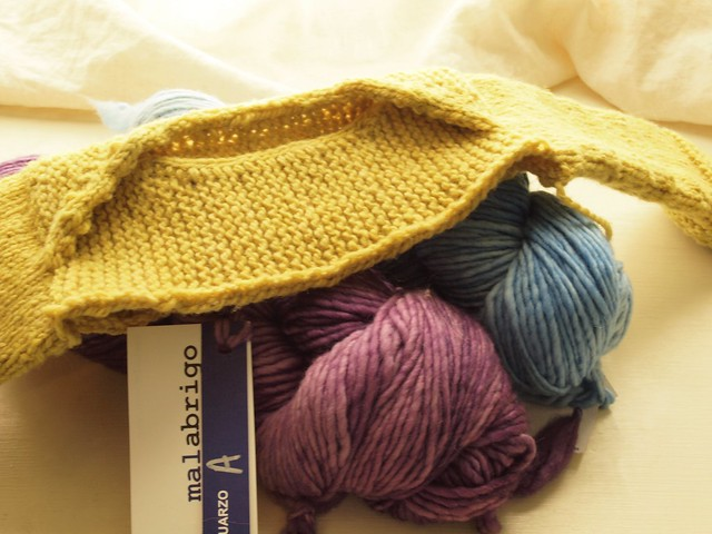 nieceling gift-knitting!