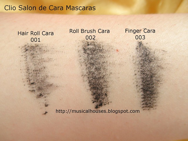 Clio Salon de Mascara Hair Roll Brush Finger Cara Smudge Test