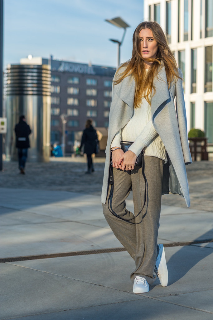 The white Sneakers Trend