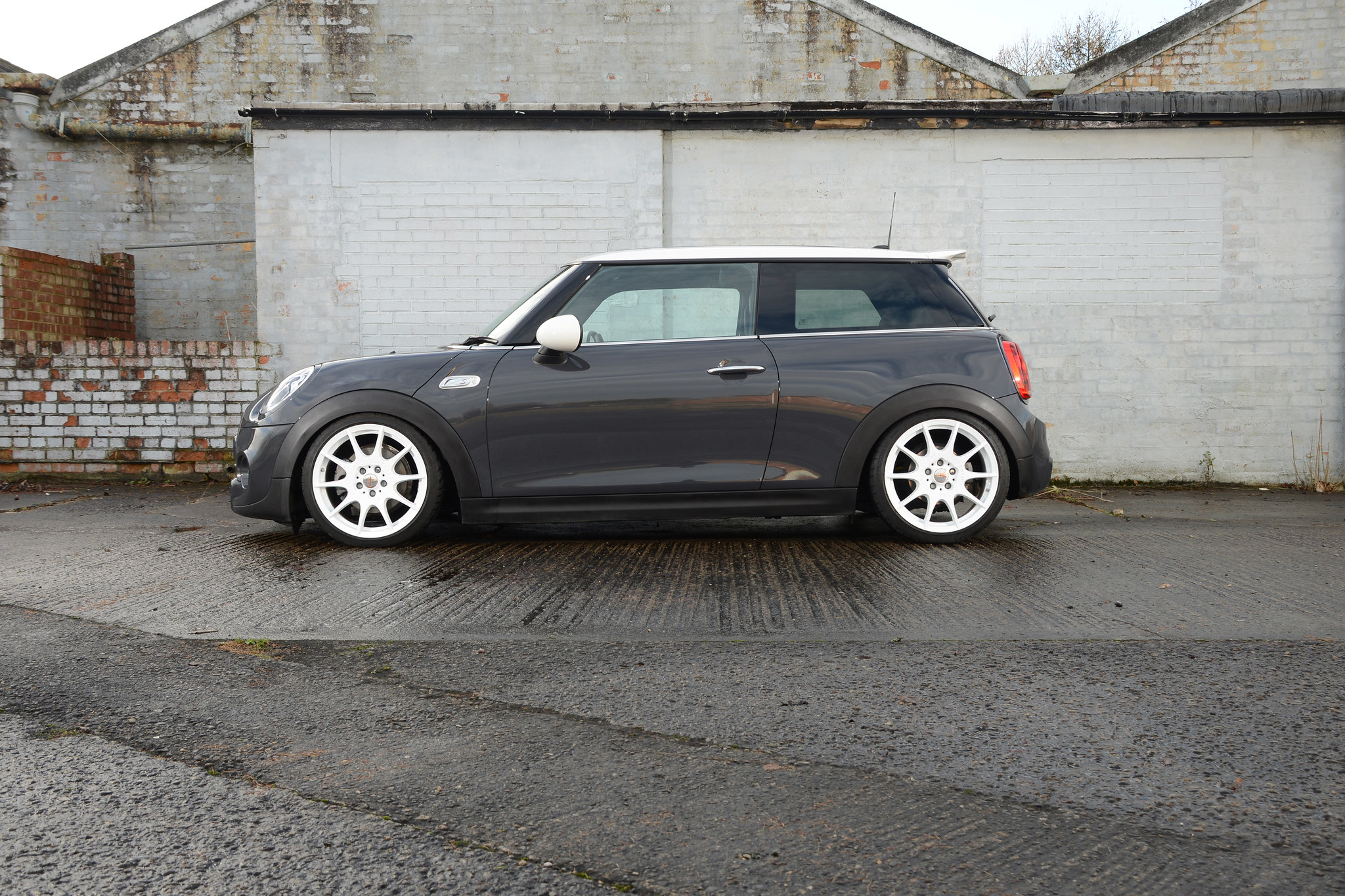 my thunder grey f56 cooper s the project thread seite. Black Bedroom Furniture Sets. Home Design Ideas