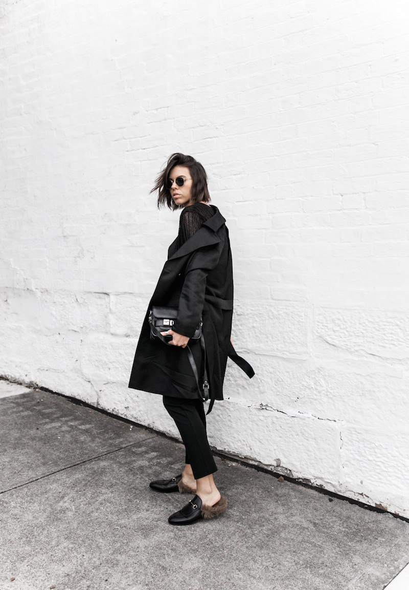all black reiss modern legacy fashion blogger Gucci Princetown fur loafers Proenza Schouler PS11 mini outfit workwear 90s  (6 of 9)