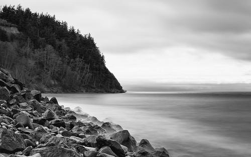 blackandwhite nature longexposure pacificnorthwest outdoors water shore landscape rocks canoneos5dmarkiii bwnd1000x johnwestrock canonef2470mmf28lusm monochrome