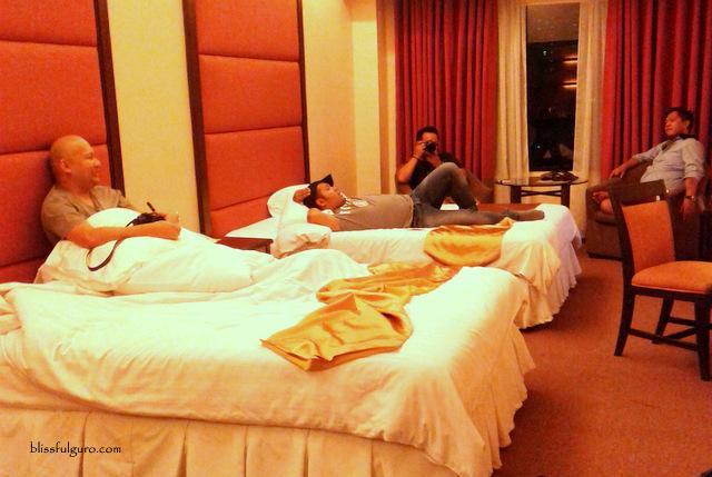 Hotel Rembrandt Quezon City Executive Deluxe Room