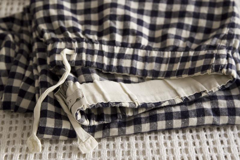 growing a minimalist wardrobe: loungewear | reading my tea leaves