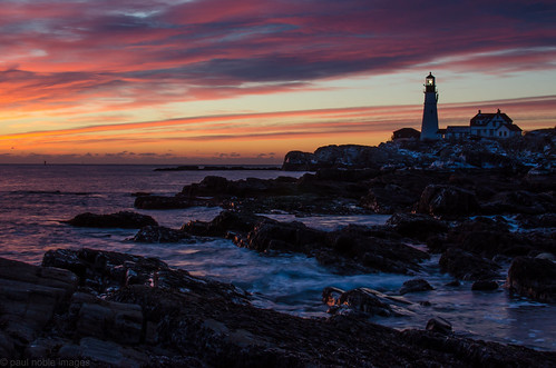 winter seascape ice sunrise coast maine explore portlandheadlight fortwilliams capeelizabethmaine paulnoble oceancoastal nikond7000 nikon35mm18f paulnobleimages