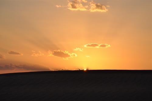 sky sunlight sunrise sand desert dune middleeast oman sanddunes desertlandscape wahibasands raysofsunlight desertscene arabianpeninsula
