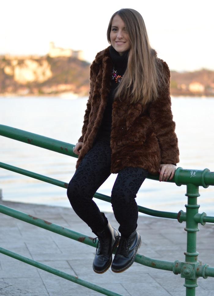 arona, tramonto, faux fur, Zara, bugie by coccoli, cigno, fotografia, Lago maggiore, Verysimple, look, outfti, wildflower girl (17)