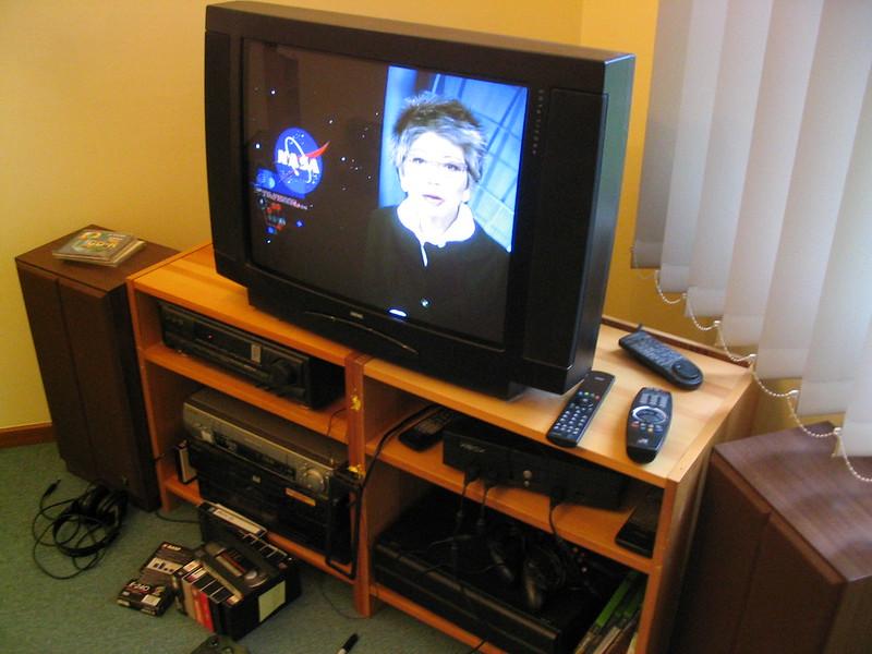Ye olde CRT TV (November 2004)
