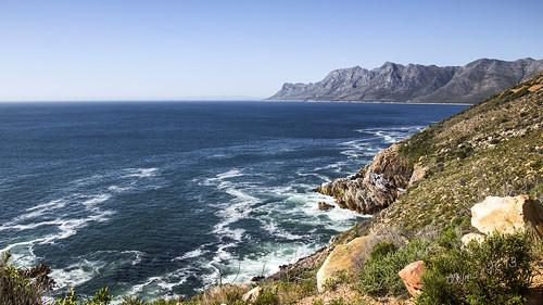 ocean southafrica atlanticocean falsebay gordonsbay westerncape falsbaai coastalroutefromhermanustogordansbayviakleinmond
