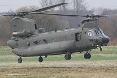 ZH904 - 2010 build Boeing-Vertol Chinook HC.3, setting down North of Runway 08 at Barton