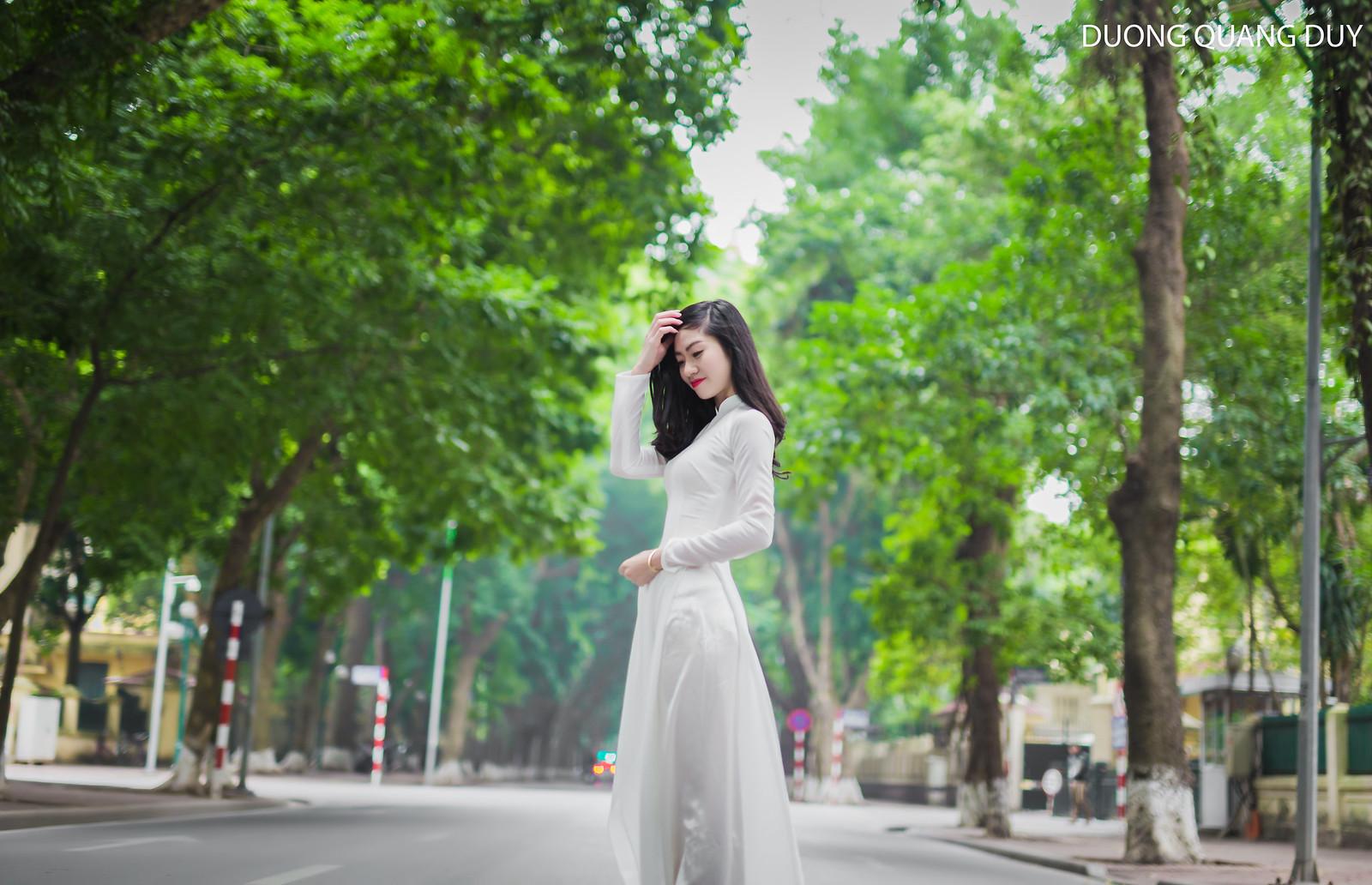Áo dài trắng - Hà Nội chớm đông 3