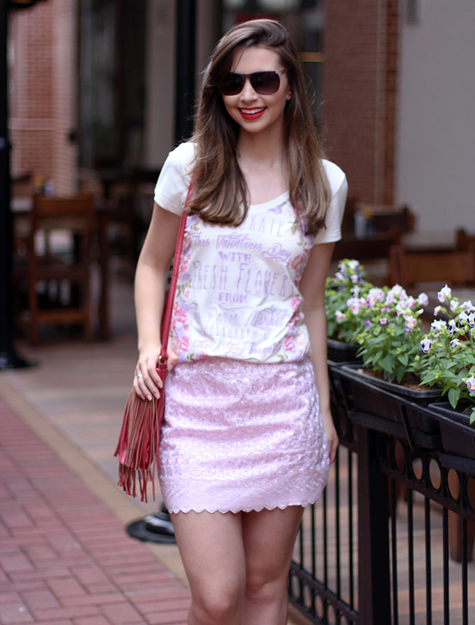06-look-saia-rosa-e-tshirt