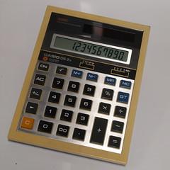 CASIO DS-2B solar calculator