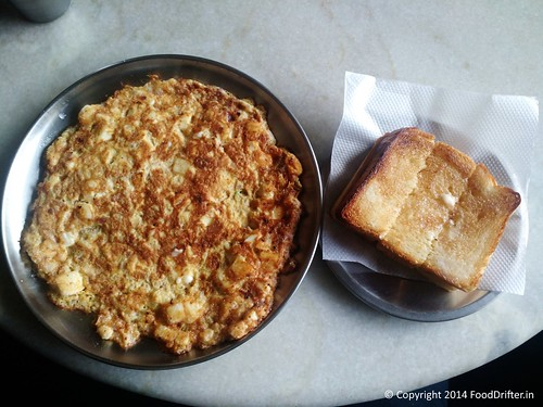 Double Cheese Omlette And Butter Toast