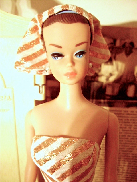 Barbie Fashion Queen 1963