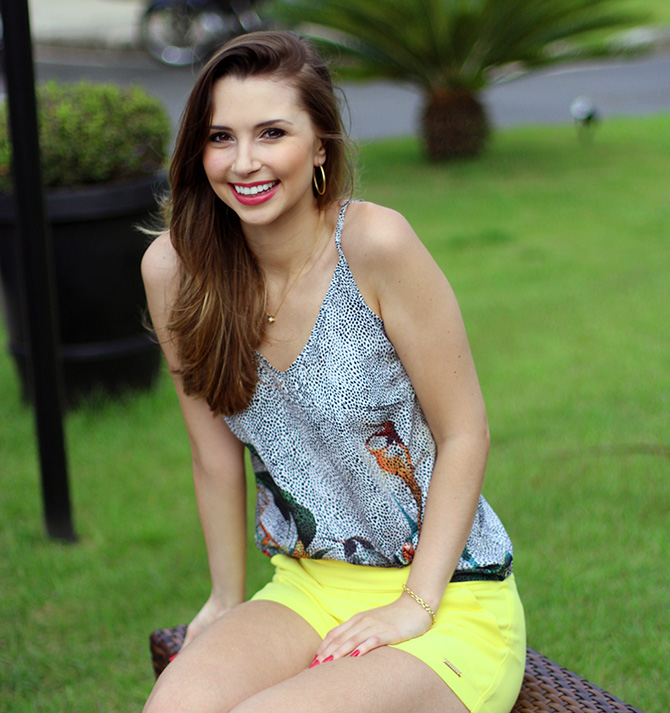 05-look do dia shorts amarelo officium blog sempre glamour