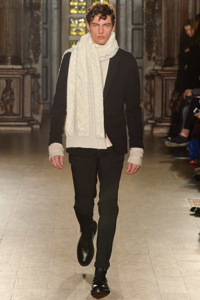 FW15 London Pringle of Scotland032_Hannes Gobeyn(VOGUE)