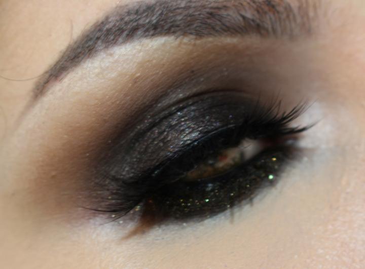 shimmering-cream-eye-shadow-shiseido-005-1