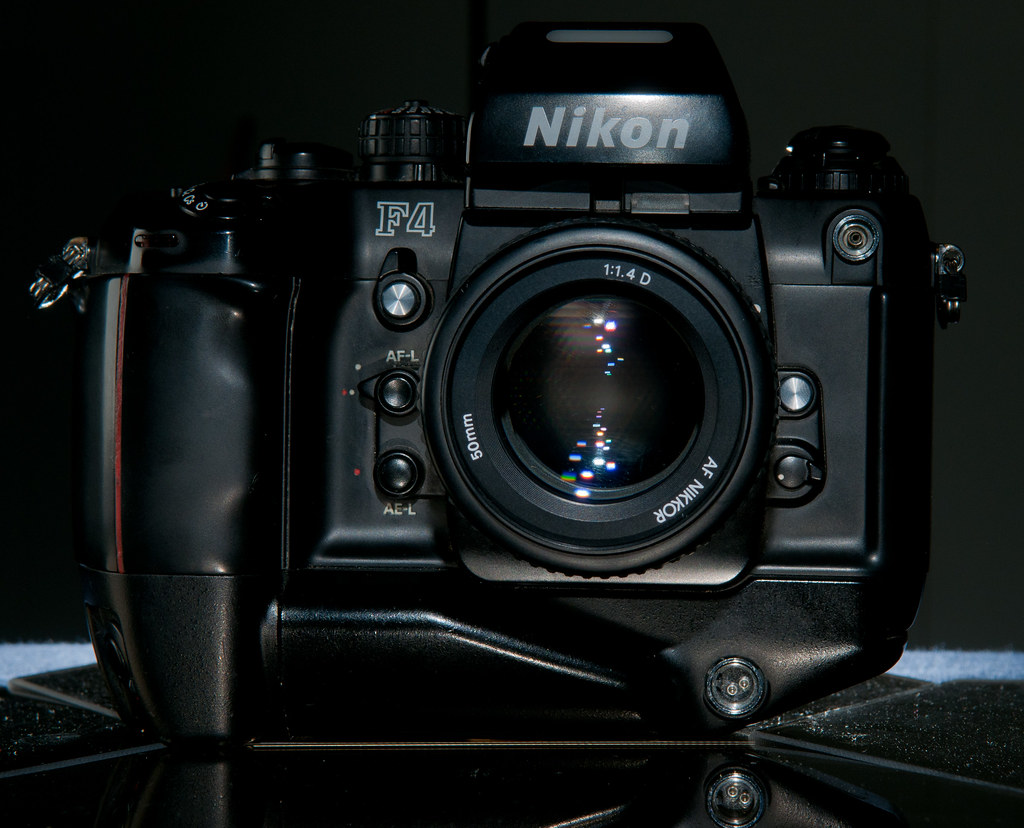 CCR - Review 1 - Nikon F4