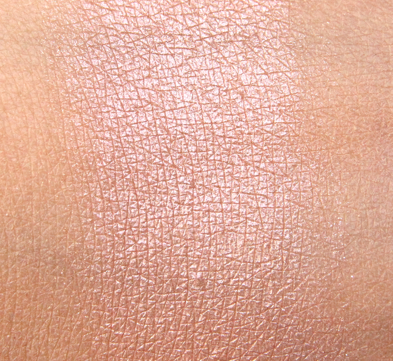 MAC dunes at dusk gleamtones powder swatch1
