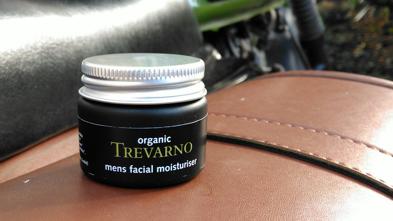 trevarno mens moisturizer