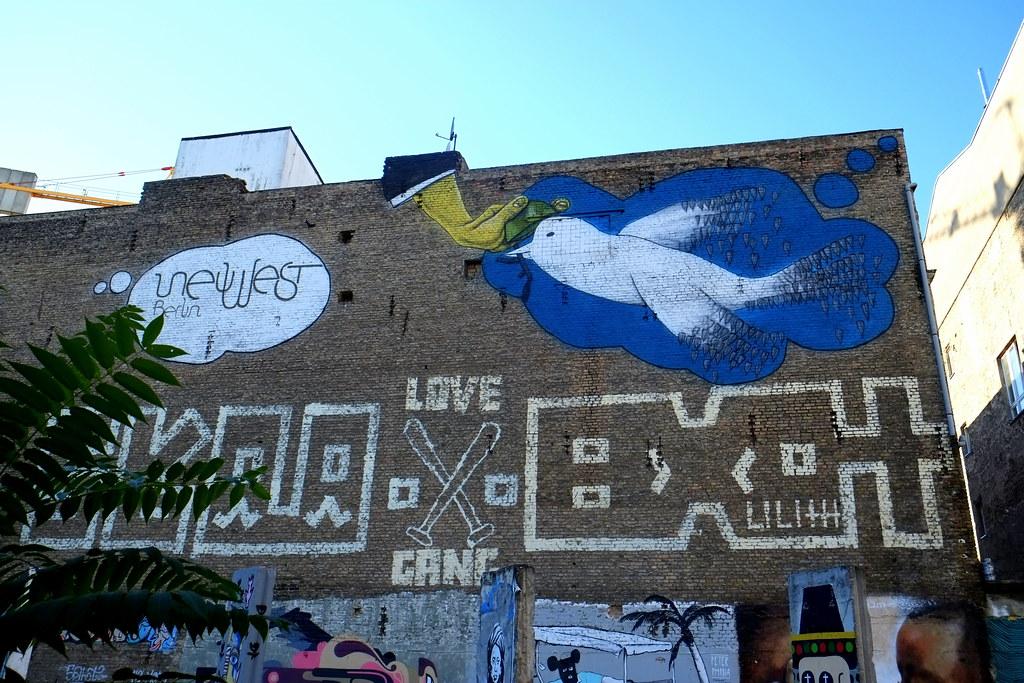 mural   berlin . neuwestberlin