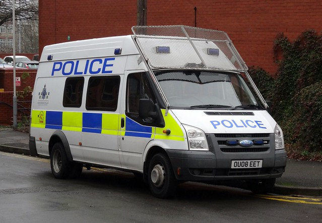 Bedfordshire Police - OU08 EET