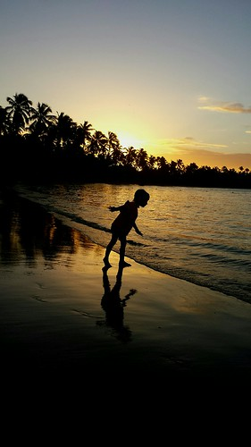 ocean sunset shadow beach kids toddler dominican dominicanrepublic palmtrees bahia caribbean samana elportillo