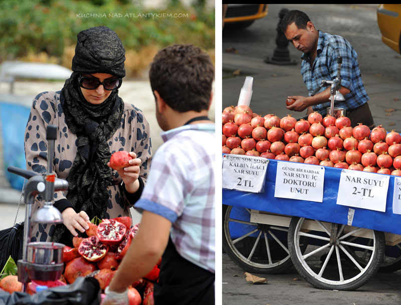 A pomegranade juice seller and buyer, Istambul, Turkey