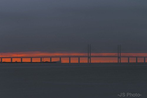ocean bridge sunset sea sky water sweden malmö lightroom öresund canoneos70d