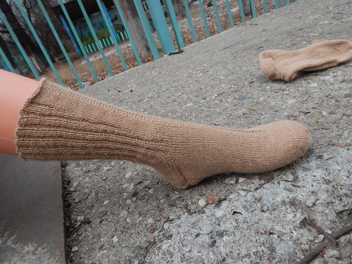 Вяжем резинку у носков